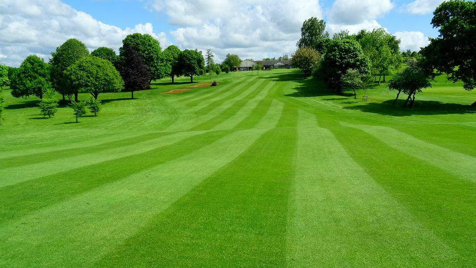 The magnificent fairway on the 18th Hole | Lutterworth Golf Club